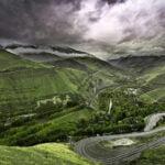 طبیعت زیبای جاده